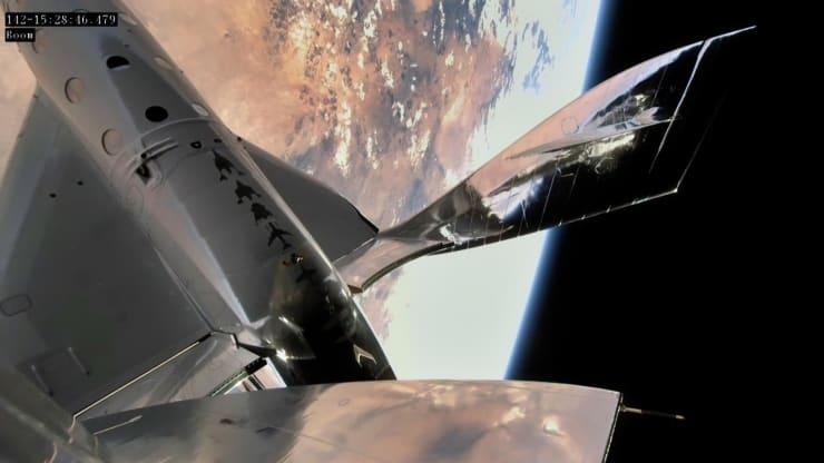 Virgin Galactic thực hiện thành công chuyến bay rìa vũ trụ lần thứ ba -0