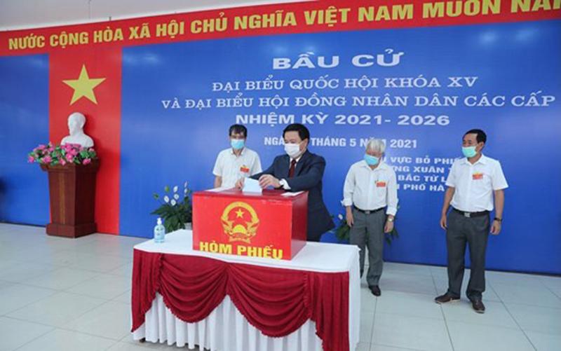 Đồng chí Nguyễn Xuân Thắng bỏ phiếu bầu cử tại Hà Nội -0