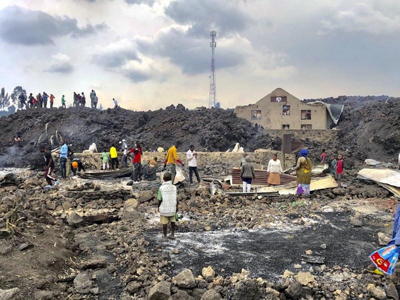 15 người chết và hàng trăm ngôi nhà bị phá hủy do núi lửa tại CHDC Congo phun trào -0