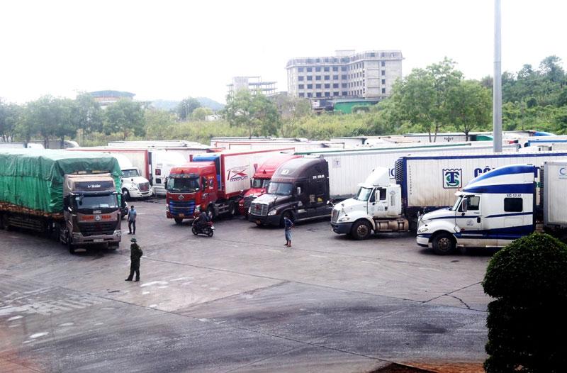 Mỗi ngày, hơn 500 tấn vải thiều Bắc Giang xuất khẩu qua Cửa khẩu Lào Cai -0