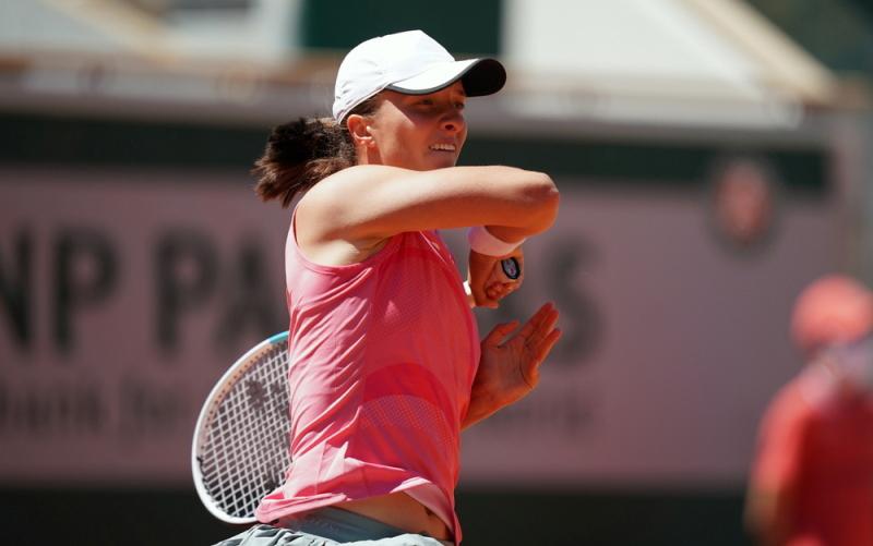 Roland Garros: Federer trở lại mạnh mẽ -0