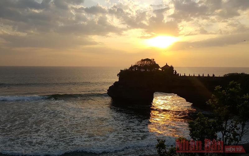 Indonesia nỗ lực vực dậy ngành du lịch  -0