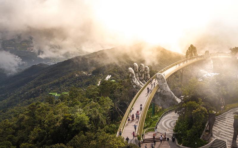 Giữ chân nhân lực du lịch: không chỉ là câu chuyện sinh kế -0
