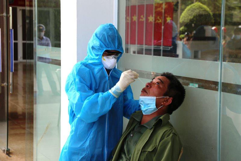 Cập nhật dịch Covid-19 ngày 14-6: Thêm 43,2 nghìn người được tiêm chủng -0