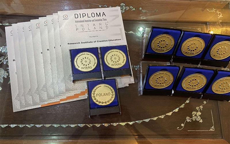Đội tuyển Việt Nam giành hai Huy chương vàng INTARG 2021 -0