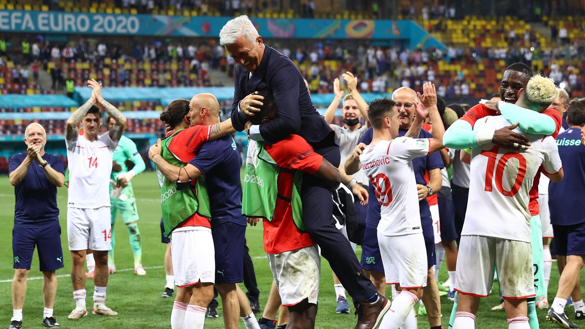 Thụy Sĩ - Tây Ban Nha: Chờ bất ngờ ở Saint Petersburg -0