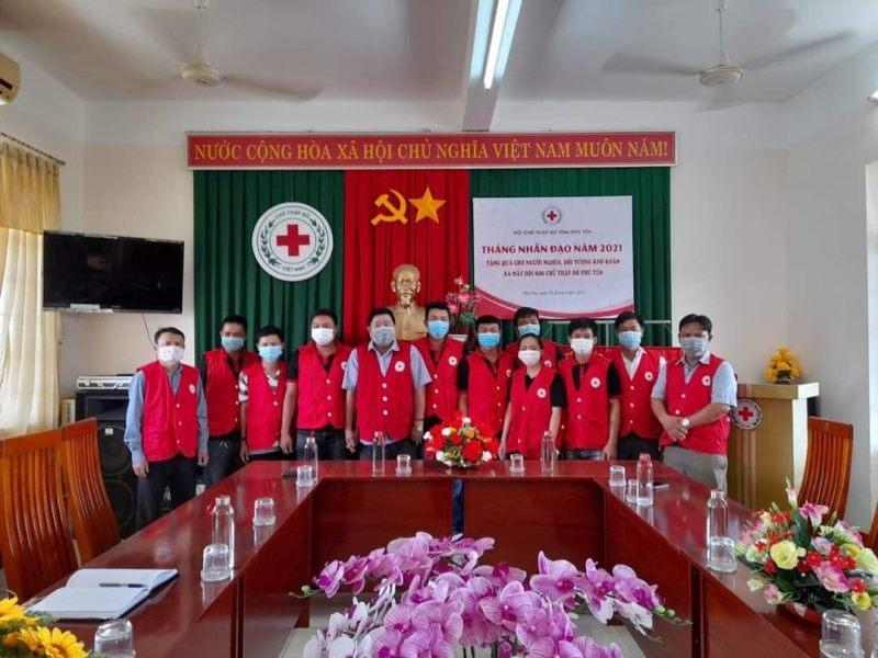 Phú Yên đưa bốn ngư dân gặp khó từ Ninh Thuận về nhà an toàn -0