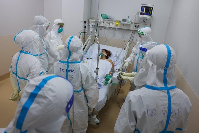 Vượt mốc 70 nghìn ca Covid-19, Việt Nam giữ vững mặt trận điều trị -0