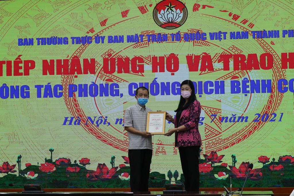 """Hà Nội tiếp nhận 100 bộ nghìn bộ test nhanh Covid-19 """"made in Vietnam"""" -0"""