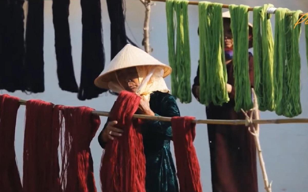 Tôn vinh nét đẹp phụ nữ Việt Nam và làng nghề truyền thống -0
