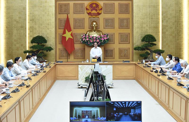 Thủ tướng Phạm Minh Chính gặp mặt các nhà khoa học ngành y tế -0