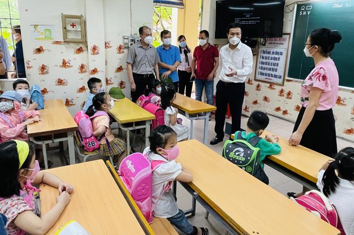 Hơn 170 nghìn học sinh tỉnh Hải Dương đến trường học trực tiếp -0