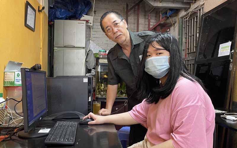 Hà Nội tiếp tục hỗ trợ máy tính cho học sinh và công bố kho học liệu điện tử -0