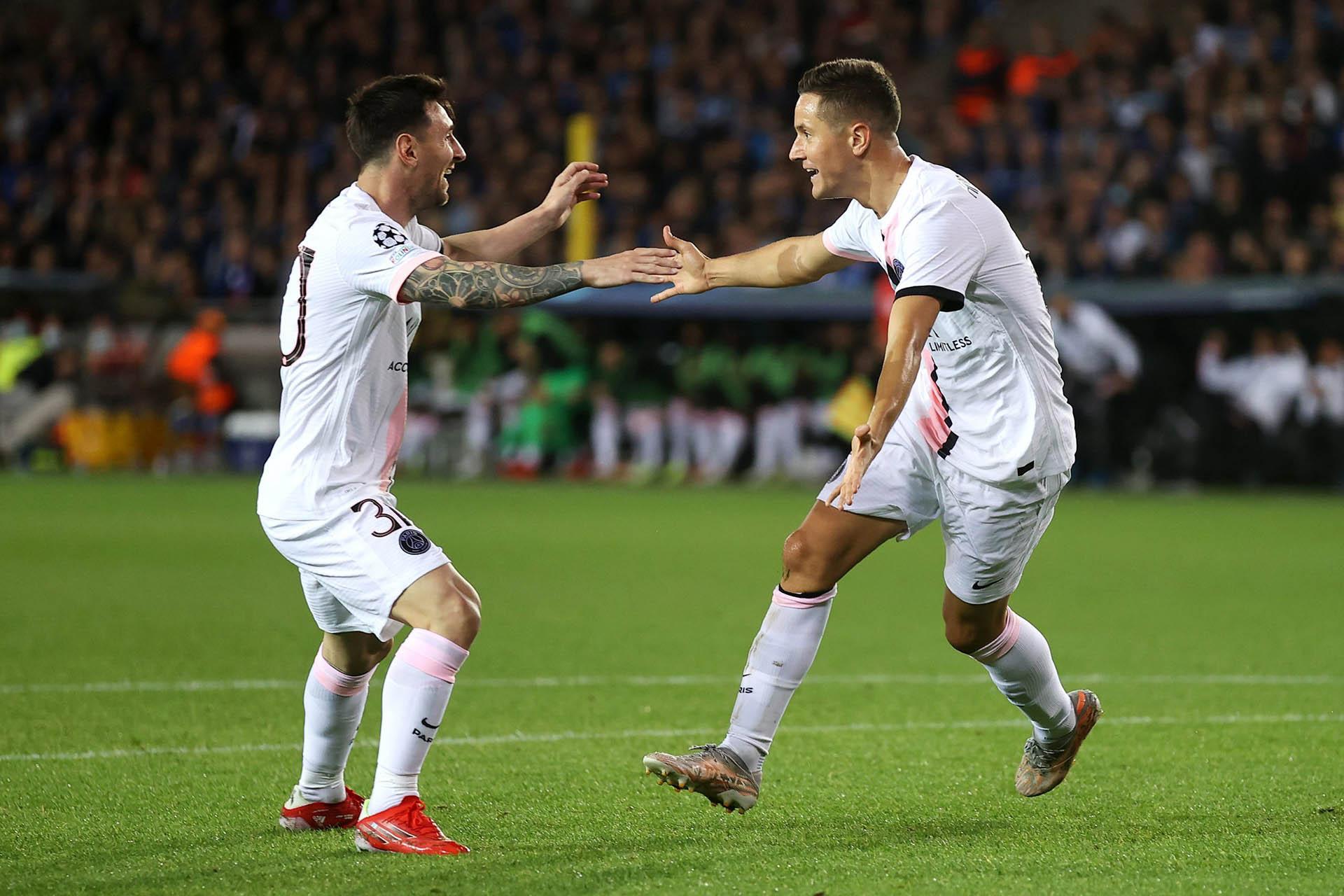 Ra mắt Messi, PSG gây thất vọng trên đất Bỉ -0