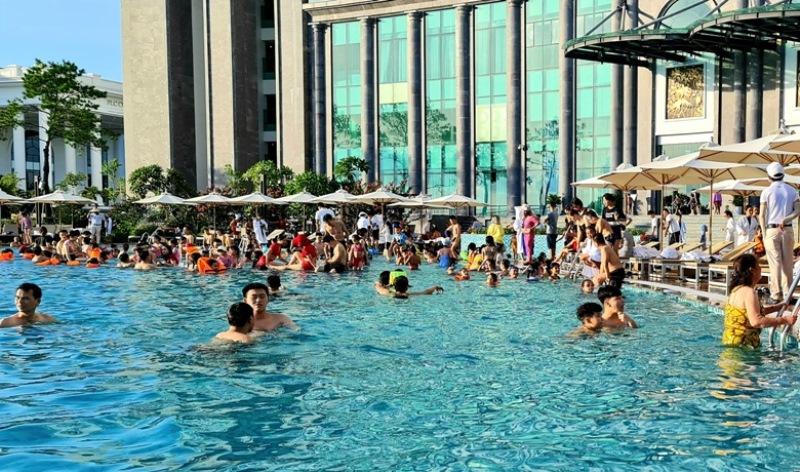 Quảng Ninh nỗ lực đón 2 triệu lượt khách du lịch trong quý 4 -0