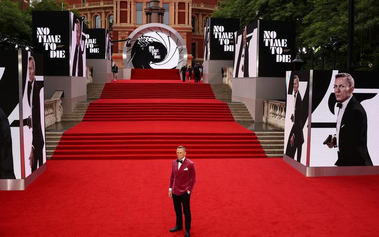 Tập mới nhất của James Bond làm bùng nổ phòng vé -0