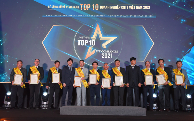"""FPT giành 7 giải """"Top 10 doanh nghiệp CNTT Việt Nam 2021"""" -0"""