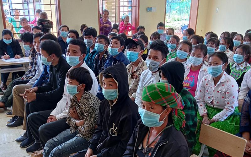 Sơn La khai giảng lớp học xóa mù chữ cho 61 học viên vùng biên -0