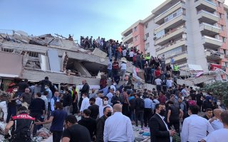 Động đất rung chuyển Thổ Nhĩ Kỳ và Hy Lạp, gây nhiều thương vong