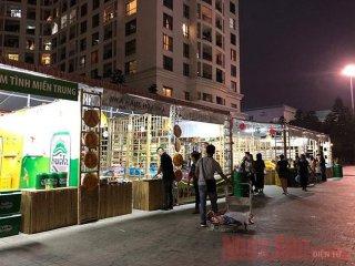 Hội chợ Đặc sản vùng miền với gần 300 gian hàng tại Hà Nội