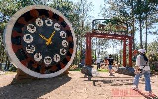 Công viên Covid-19 và thông điệp về niềm tin chiến thắng đại dịch