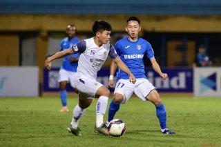 Hà Nội trở lại thăng hoa, Sài Gòn thắng tối thiểu Hà Tĩnh