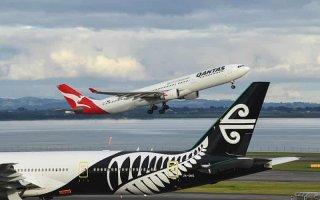 """New Zealand hoãn một phần """"bong bóng đi lại"""" với Australia"""