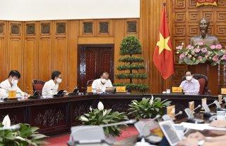 Thủ tướng Phạm Minh Chính chủ trìhọp Thường trực Chính phủ về ứng phó dịch Covid-19