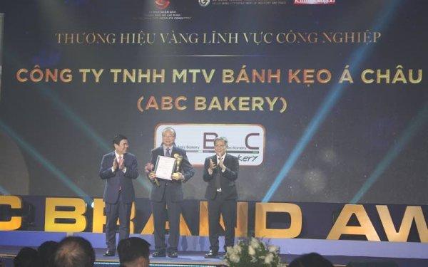 30 doanh nghiệp nhận giải thưởng Thương hiệu Vàng TP Hồ Chí Minh