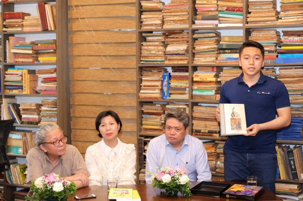"""Nhiều dòng sách quý được giới thiệu trong """"Một nét văn hóa Hà Nội"""""""